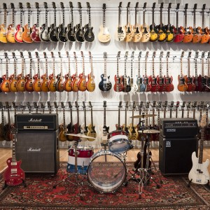 Dịch vụ cho thuê guitar điện, guitar thùng, guitar bass tại Biên Hòa, Đồng Nai